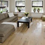Dřevěná podlaha Smoked White